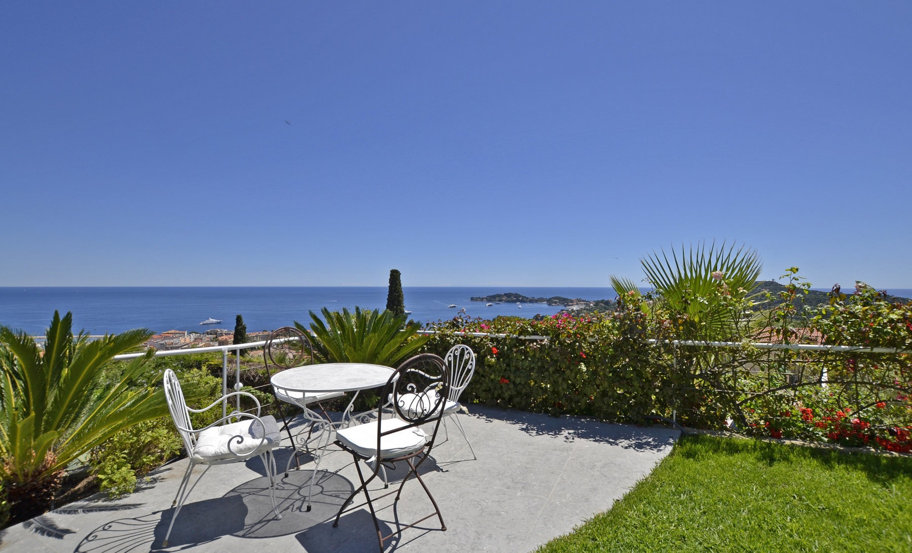 Villa in French  Riviera 17LM (5)